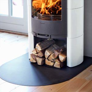Read more about the article Plaque de sol demi-ronde acier noir